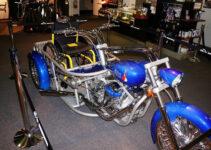 Blue Three Wheel Chopper