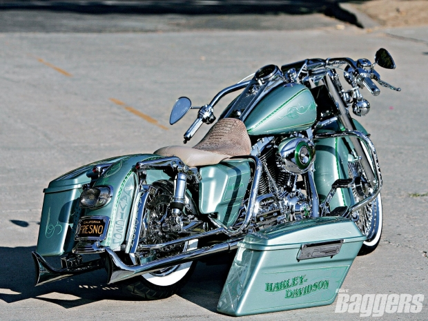 Harley Davidson Throwback