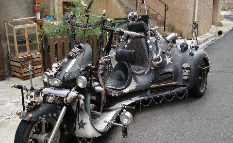 Skull Decked Trike Chopper