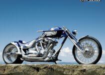 Smooth Yamaha Chopper